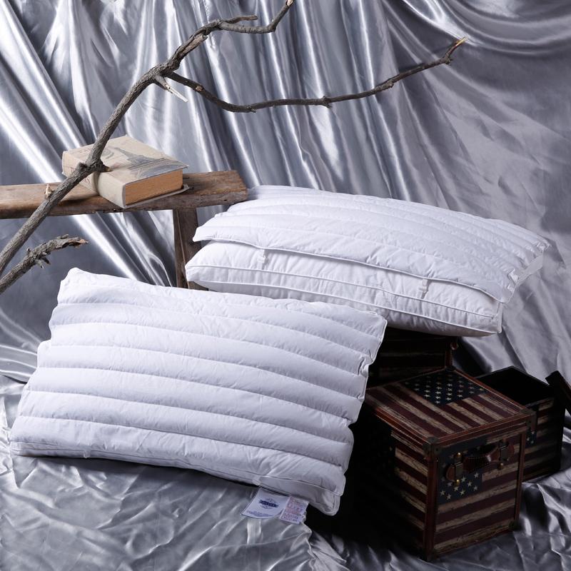 她喜爱 卡尔玛荞麦两用子母保健枕 全棉防雨布羽丝绒枕